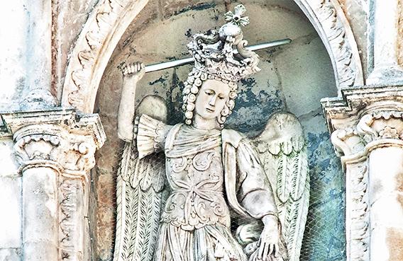 Gargano - sveti nadangel Mihael
